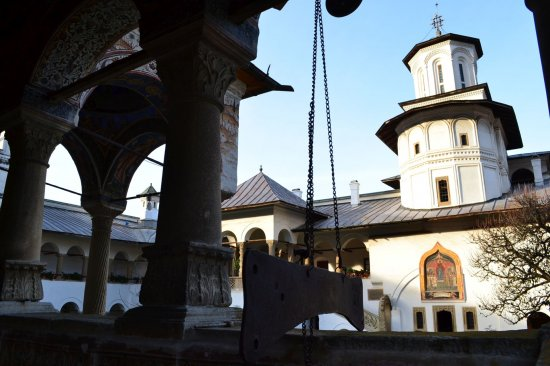 The Horezu Monastery – the Architectural Gem of the Brâncovenesc Style